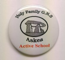Personalised School Badge Available in Quantities of 50+ With Any Writing or Crest (7)